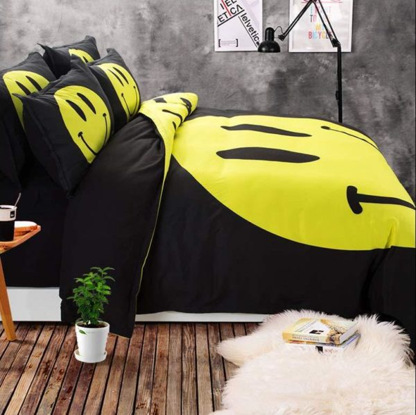 Cute Smiley Printed Bedding Set 7 600x598 - Cute Smiley Printed Bedding Set