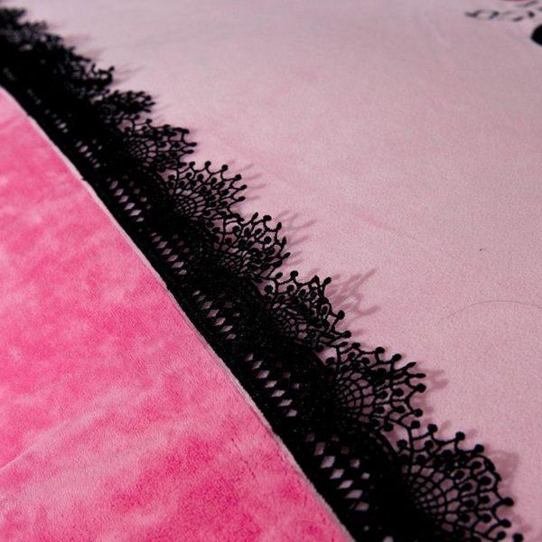 Victorias Secret Velvet Warm Lace Embroidery Bedding Set XYCX 4 600x600 - Victoria's Secret Velvet Warm Lace Embroidery Bedding Set XYCX