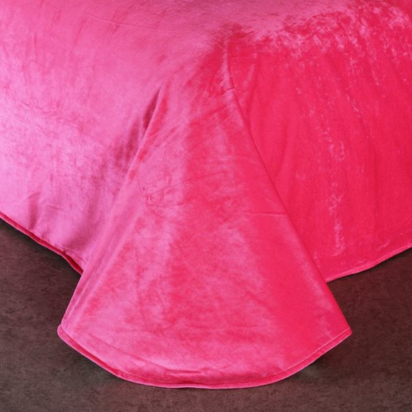 Victorias Secret Velvet Warm Pink Printing Bedding Set BB 8 600x600 - Victoria's Secret Velvet Warm Pink Printing Bedding Set BB