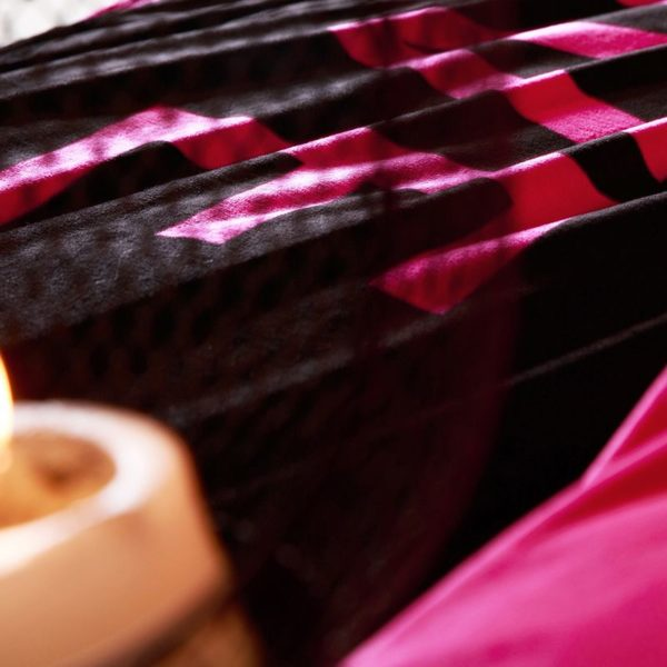Victorias Secret Velvet Warm Pink Printing Bedding Set FMH 7