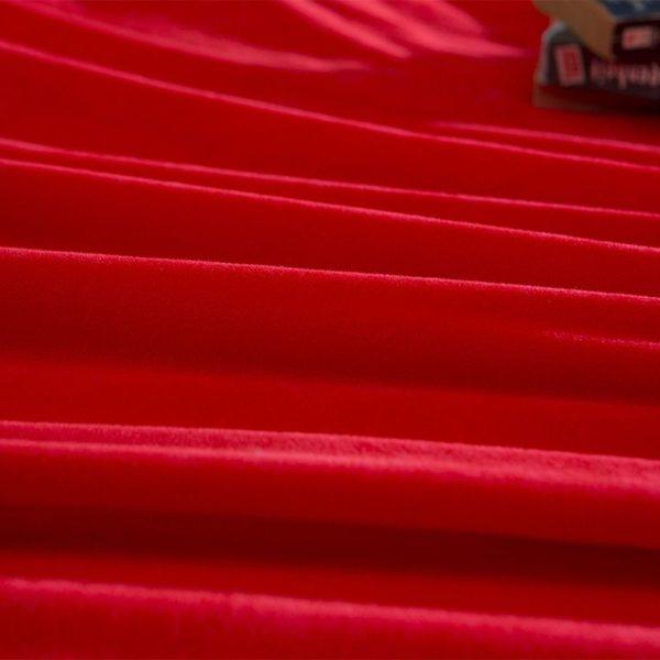 Victorias Secret Velvet Warm Tower Style Embroidery Bedding Set ASSH JH 11 600x600 - Victoria's Secret Velvet Warm Tower Style Embroidery Bedding Set ASSH-JH