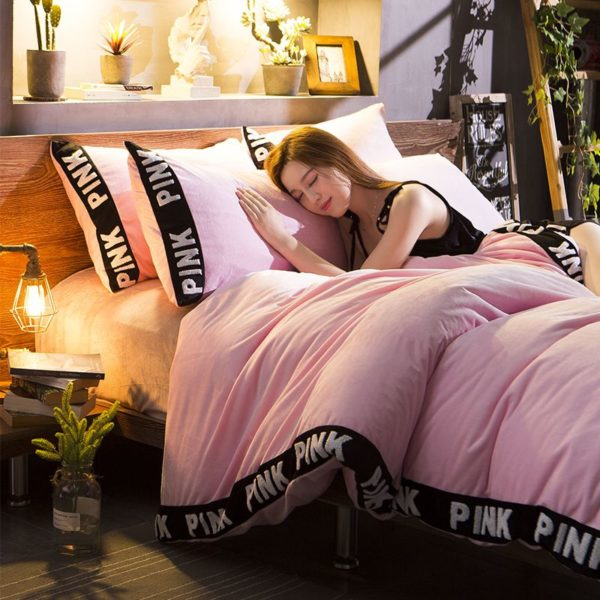 Victorias Secret Velvet Warm Tower Style Embroidery Bedding Set ASSH QF 10