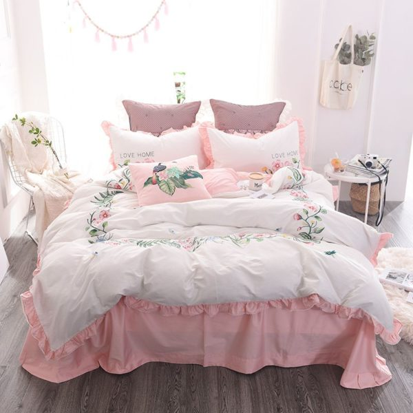 Exquisite Pink White Embroidery Bedding Set 17 600x600 - Exquisite Pink & White Embroidery Bedding Set