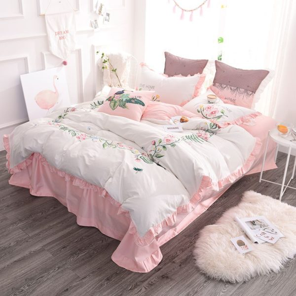 Exquisite Pink White Embroidery Bedding Set 3 600x600 - Exquisite Pink & White Embroidery Bedding Set
