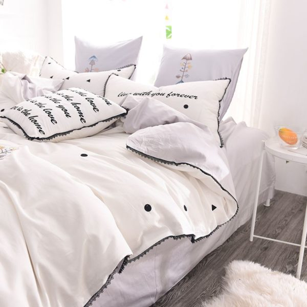 Luxurious White Egyptian Cotton Embroidery Bedding Set 4 600x600 - Luxurious White Egyptian Cotton Embroidery Bedding Set