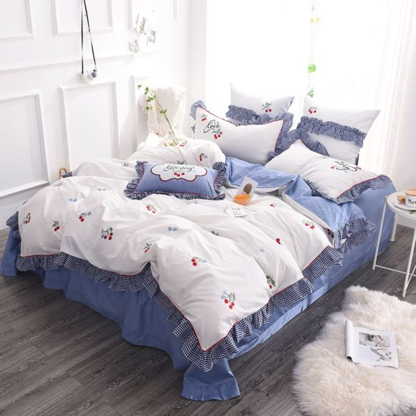 Romantic Love Story White Embroidery Bedding Set 2 600x600 - Romantic Love Story White Embroidery Bedding Set