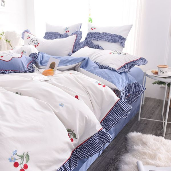 Romantic Love Story White Embroidery Bedding Set 3 600x600 - Romantic Love Story White Embroidery Bedding Set