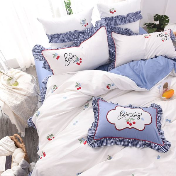 Romantic Love Story White Embroidery Bedding Set 4 600x600 - Romantic Love Story White Embroidery Bedding Set