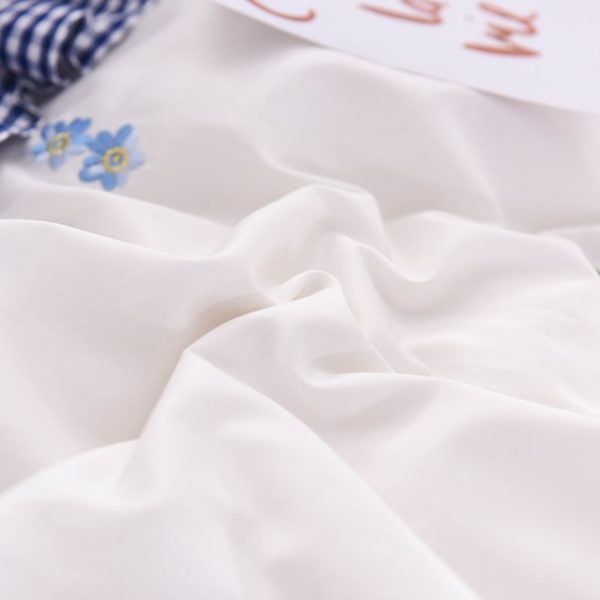 Romantic Love Story White Embroidery Bedding Set 8 600x600 - Romantic Love Story White Embroidery Bedding Set