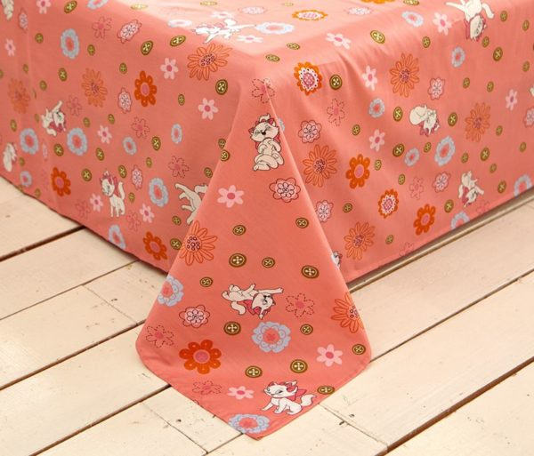 Cheerful Light Pink Marie Cat Bedding Set 9