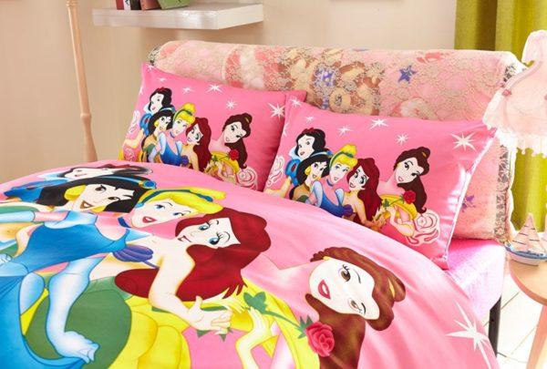 Decorative princess hotpink color bedding set 3 600x405 - Decorative Princess Hot pink Color Bedding Set
