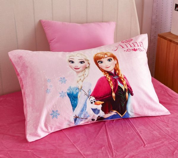 Disney Frozen Anna Elsa Teen Girls Bedding Set 8 600x532 - Disney Frozen Anna & Elsa Teen Girls Bedding Set