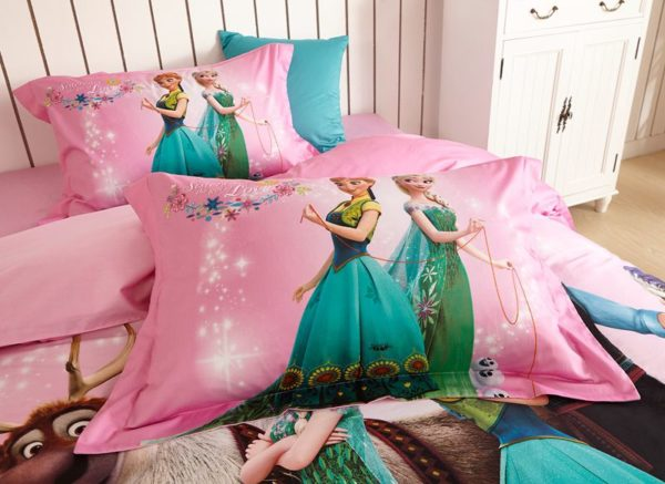Disney Frozen Comforter Set for Kids Room 5 600x437 - Disney Frozen Comforter Set for Kids Room