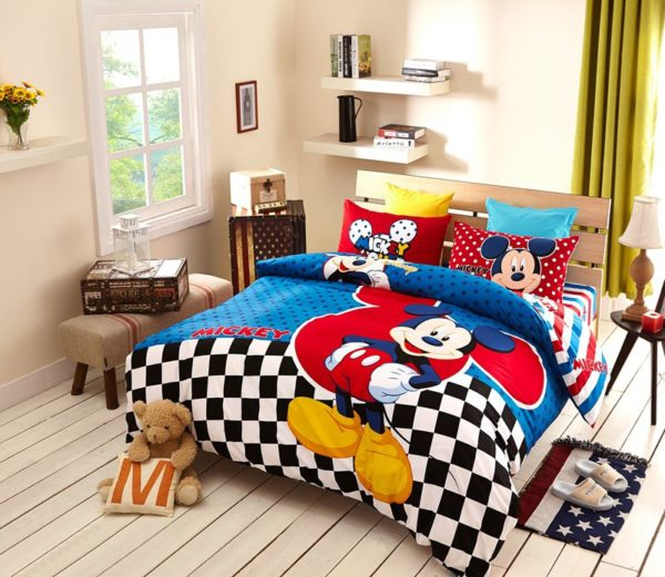 Disney Mickey Mouse Bedding Set For Teen Boys Kids Bedroom 1 600x521 - Disney Mickey Mouse Bedding Set For Teen Boys Kids Bedroom