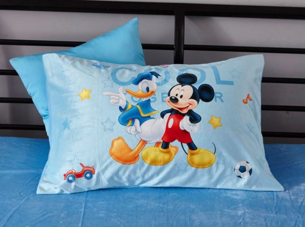 Disney Mickey Mouse Club House Childrens Bedding Set 9 600x446 - Disney Mickey Mouse Club House Childrens Bedding Set
