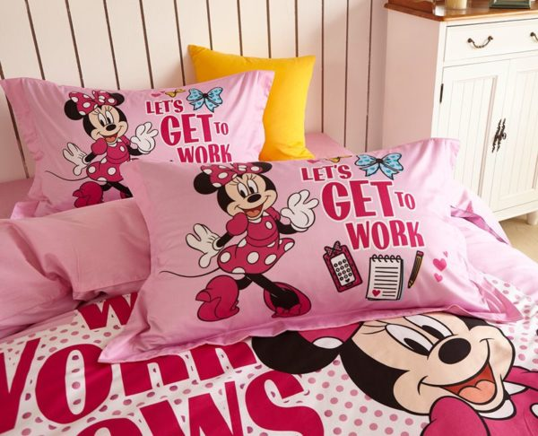 Disney Minnie Mouse cute teen comforter set 5 600x486 - Disney Minnie Mouse Cute Teen Comforter Set