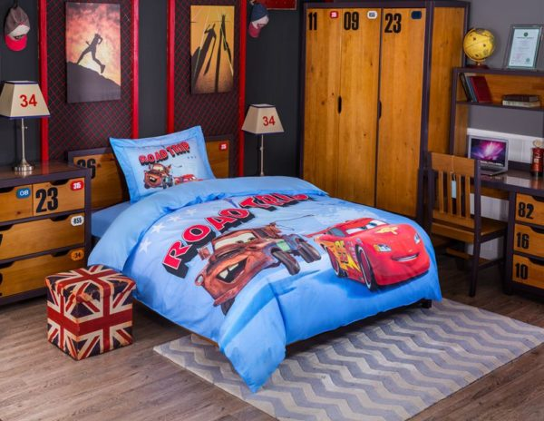 Disney Pixar Cars Movie Lightning McQueen Mater Bedding Set 1 600x464 - Disney Pixar Cars Movie Lightning McQueen & Mater Bedding Set
