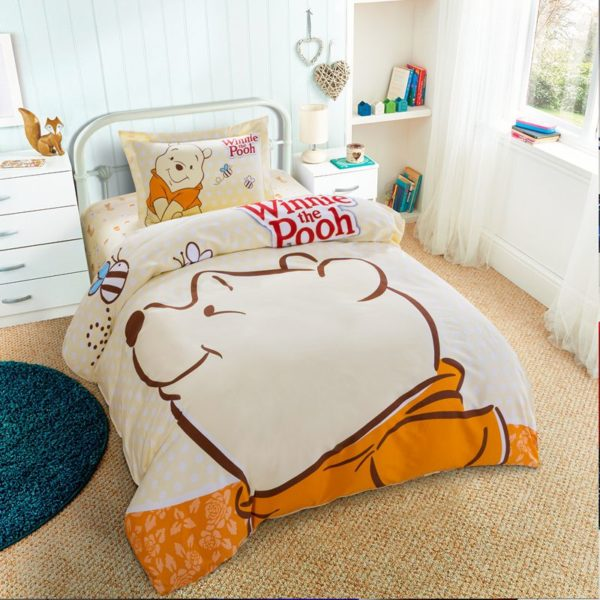 Disney Winnie The Pooh Birthday Gift Bedding Set 3 600x600 - Disney Winnie The Pooh Birthday Gift Bedding Set