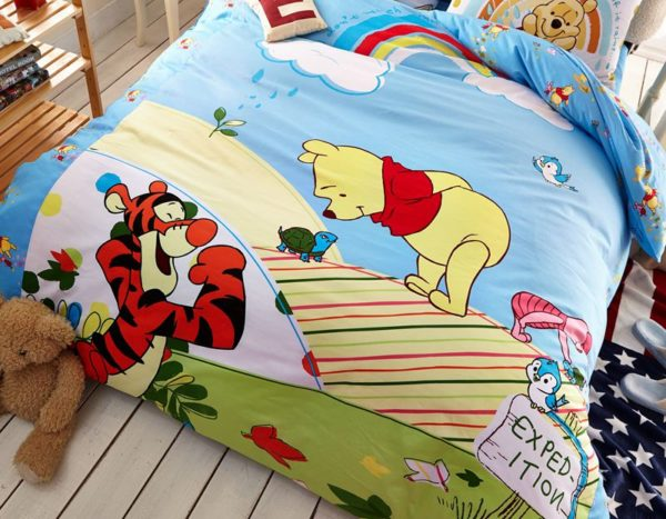 Disney Winnie The Pooh Kids Bedding Set 2 600x467 - Winnie the Pooh and Piglet Disney Bedding Set