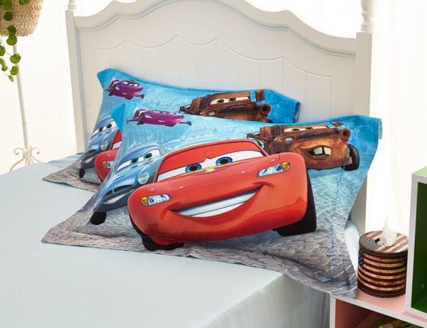 Disney cars and trucks bedding set Twin Queen Size 12 600x461 - Disney Cars and Trucks Bedding Set Twin Queen Size