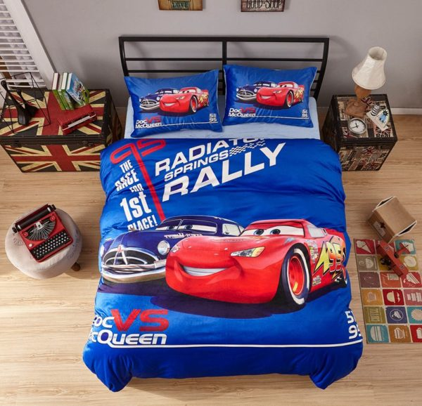 Doc Vs McQueen Game Disney Cars Kids Bedding 1 600x578 - Doc Vs McQueen Game Disney Cars Kids Bedding