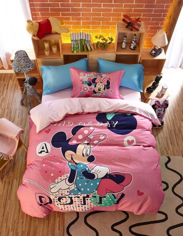 Dotty Minnie Mouse Bedding Set 1 600x774 - Dotty Minnie Mouse Bedding Set