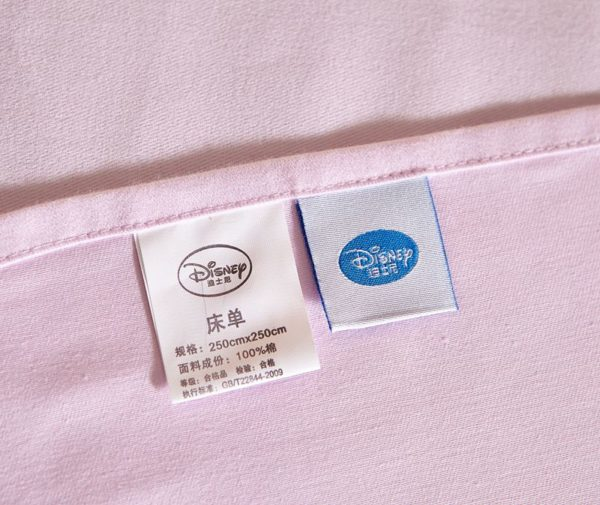 Dotty Minnie Mouse Bedding Set 10 600x505 - Dotty Minnie Mouse Bedding Set