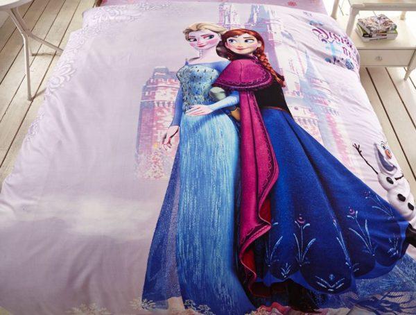 Fabulous frozen princess bedding set 5 600x454 - Fabulous Frozen Princess Bedding Set
