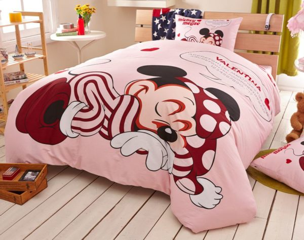 Lavender Blush Color Frozen Comforter Set 3 600x474 - Lavender Blush Color Disney Mickey Comforter Set