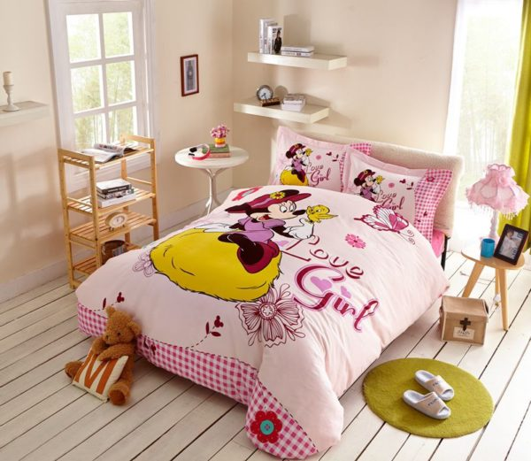 Love Girl Minnie Mouse Bedding Set Twin Queen Size