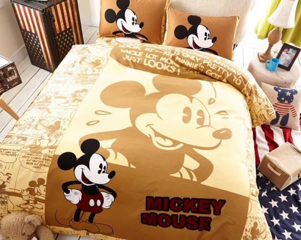 Mickey Mouse Brown Bedding Set 3