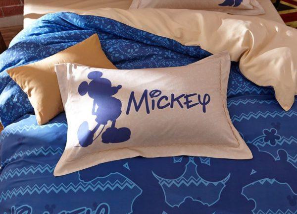 Mickey Mouse Chevron Navy Color Bedding Set 6 600x431 - Mickey Mouse Chevron Navy Color Bedding Set