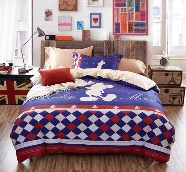 Mickey Mouse Silhouette Checkered Pattern Bedding Set 10 600x554 - Mickey Mouse Silhouette Checkered Pattern Bedding Set