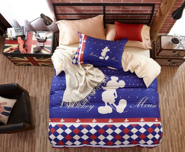 Mickey Mouse Silhouette Checkered Pattern Bedding Set 2 600x493 - Mickey Mouse Silhouette Checkered Pattern Bedding Set