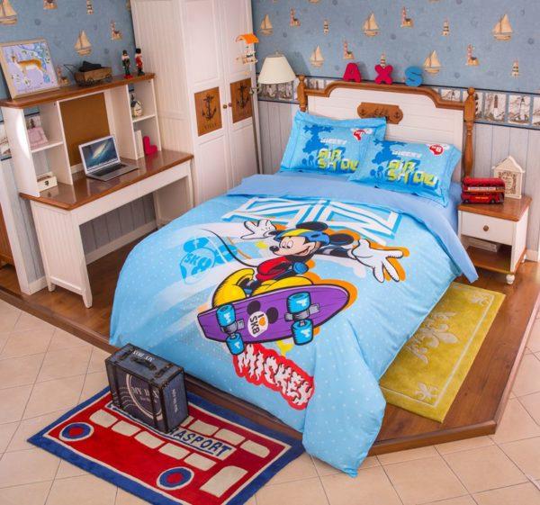 Mickey Mouse Skateboarding Light Blue Bedding Set 2 600x561 - Mickey Mouse Skateboarding Light Blue Bedding Set