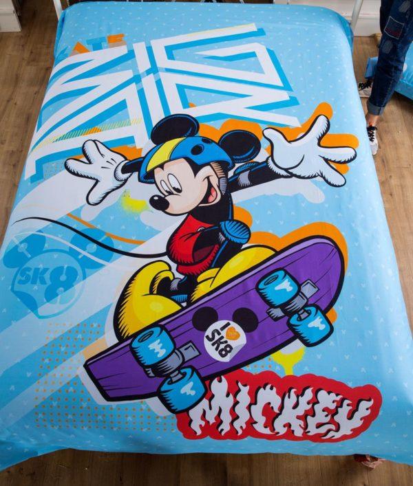 Mickey Mouse Skateboarding Light Blue Bedding Set 3 600x707 - Mickey Mouse Skateboarding Light Blue Bedding Set