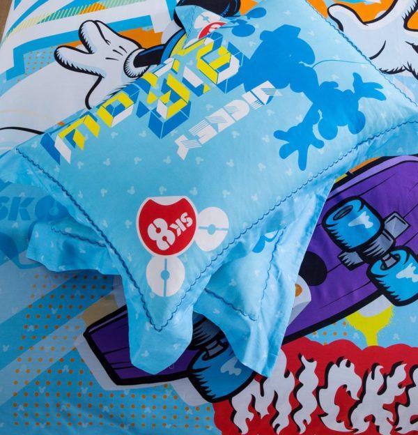 Mickey Mouse Skateboarding Light Blue Bedding Set 4 600x624 - Mickey Mouse Skateboarding Light Blue Bedding Set