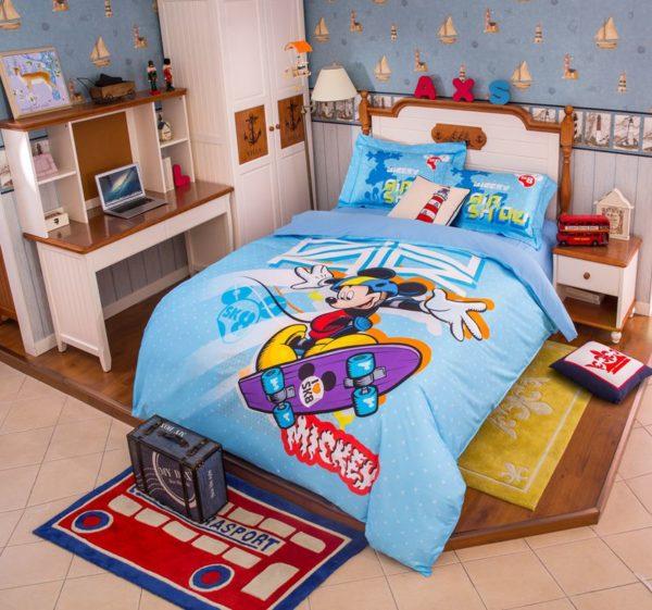 Mickey Mouse Skateboarding Light Blue Bedding Set