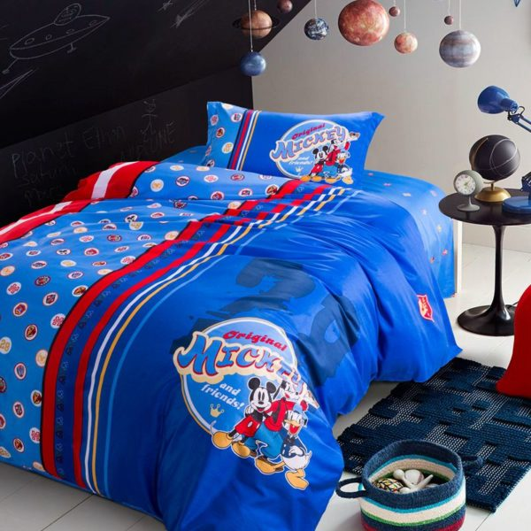 Mickey Mouse and Friends Movie Themed Comforter Set 3 600x600 - Mickey Mouse and Friends Movie Themed Comforter Set