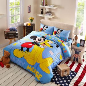 Mickey Mouse and Pluto the Pup Bedding Set 1 300x300 - Mickey Mouse and Pluto the Pup Bedding Set