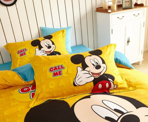 Mickey Mouse cool teen bedding Set 5 600x495 - Mickey Mouse Cool Teen Bedding Set