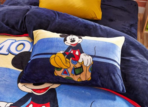 Mickey Mouse kids bedding sets for boys 4 600x437 - Mickey Mouse kids bedding sets for boys