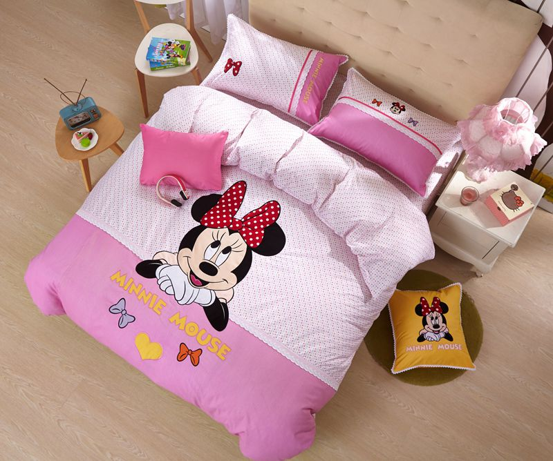 Minnie Mouse Girls Queen Twin Size Embroidery Bedding Set