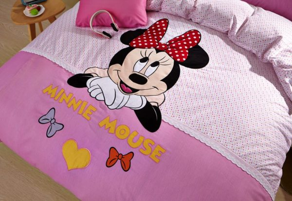 Minnie Mouse Girls Queen twin size bedding set 3 600x413 - Minnie Mouse Girls Queen Twin Size Embroidery Bedding Set
