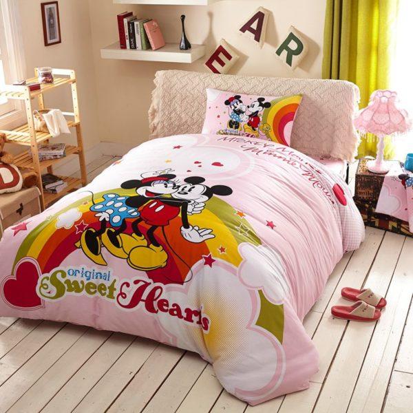 Original Sweet Hearts Mickey Minnie Bedding Set 2 600x600 - Original Sweet Hearts Mickey & Minnie Bedding Set