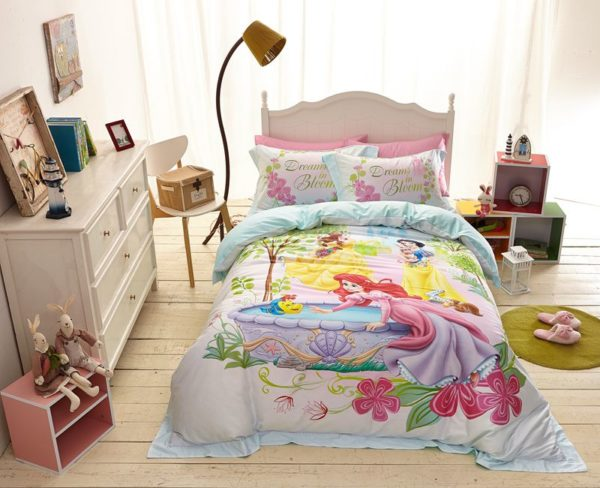 Princess Garden Dreams in Bloom Bedding Set