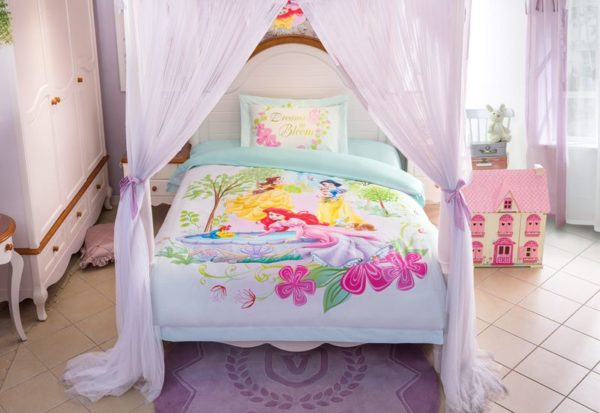 Princess Garden Dreams in Bloom Bedding Set 11