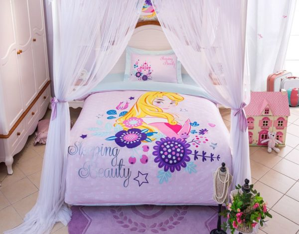 Sleeping Beauty Princess Aurora Bedding Set 1 600x469 - Disney Castle Sleeping Beauty Princess Aurora Bedding Set