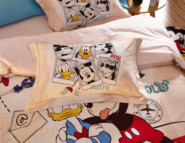 Special Birthday Gift Disney Mickey Bedding Set 3 600x466 - Special Birthday Gift Disney Mickey Bedding Set