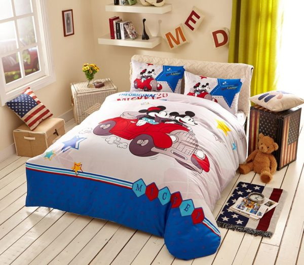 White Color Mickey Minnie Teens Bedroom Bedding Set